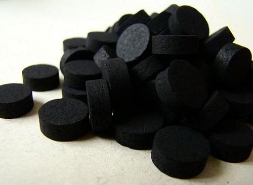 Активированный уголь – основа натуральной туши
