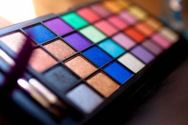 У профессионала всегда есть большой выбор инструментов для создания макияжа