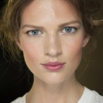 Светлые или темные брови (39 фото): как правильно подобрать цвет?