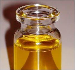 Растительное масло – доступное средство для удаления искусственных ресниц в домашних условиях