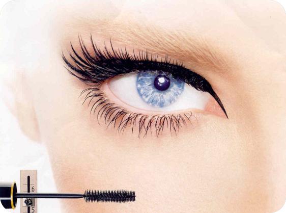 Красота глаз зависит от качества используемой косметики
