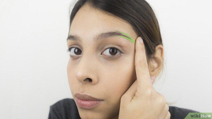 Изображение с названием Shape Your Eyebrows with a Razor Step 11
