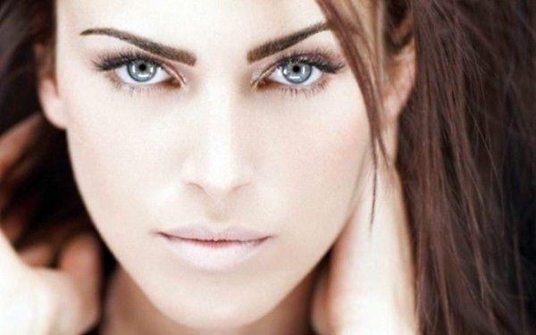 Эпиляция бровей: 4 эффективных способа получить идеальную форму