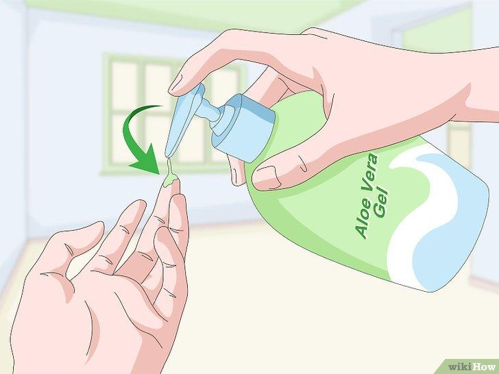 Изображение с названием Curl Your Eyelashes Without an Eyelash Curler Step 17