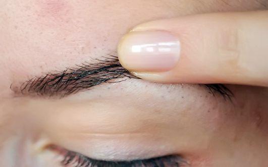 Чем мазать брови после татуажа (39 фото) и как избежать распространенных ошибок