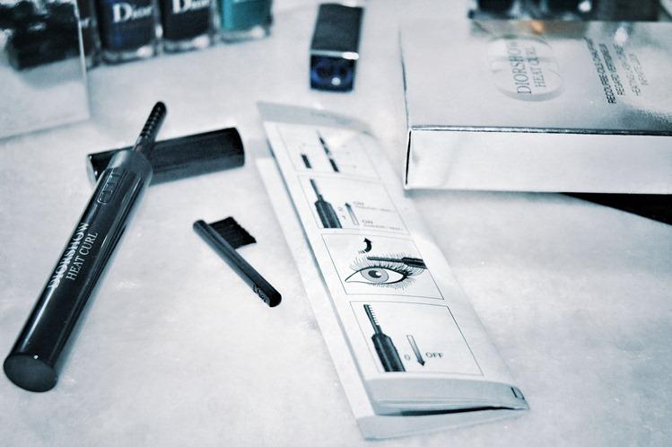 Diorshow Heat Curl – первый термический стайлер для ресниц, действующий по принципу плойки для волос