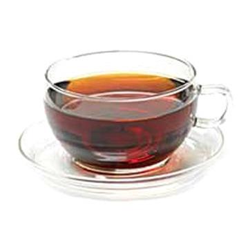 Крепкий чай – срочная помощь при восстановлении туши для ресниц