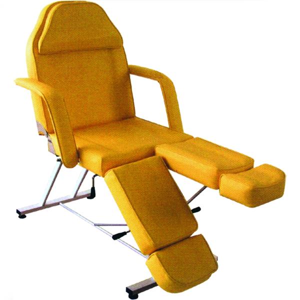 Косметологическое кресло, однако, удобнее.