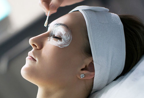 Рейтинг наиболее эффективных масок от морщин вокруг глаз