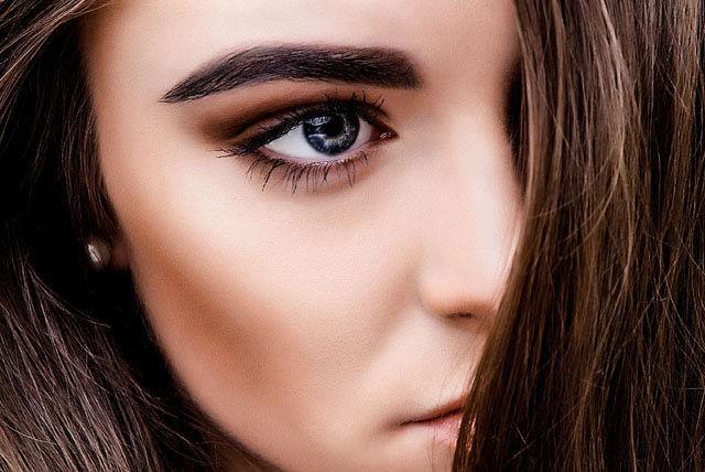 модные брови: черная широкая