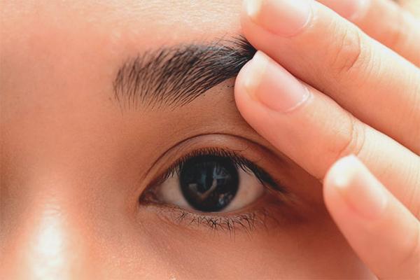 Как смыть краску для бровей с кожи: эффективные способы