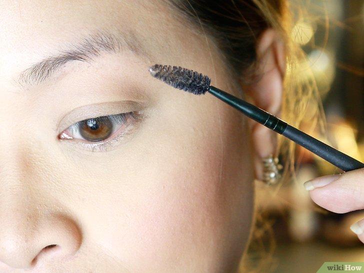 Изображение с названием Make Your Eyebrow Hairs Straight Instead of Curly Step 2