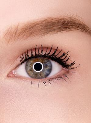 как красить глаза тушью