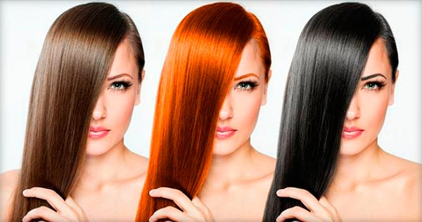 три девушки с разными видами цветного глазирования волос