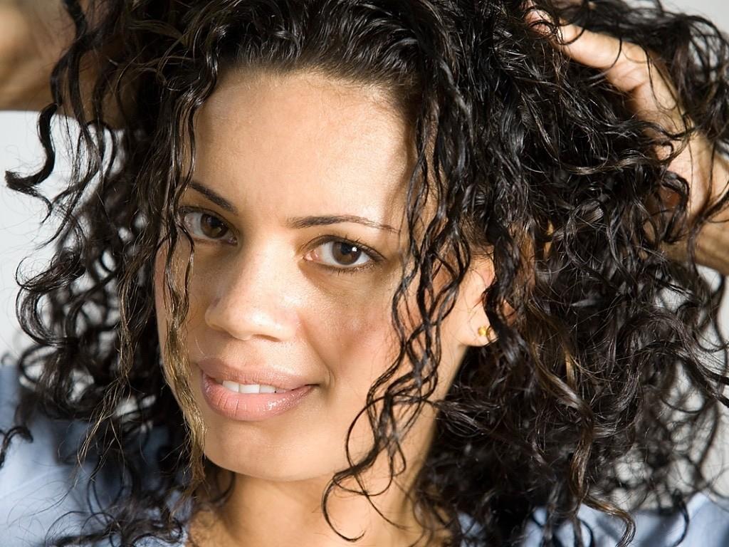 Секреты перманентной завивки волос