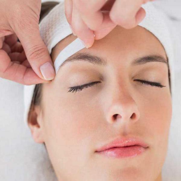 После ваксинга вы на несколько недель избавитесь от необходимости удалять лишние волоски