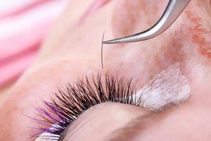 Что делать если после наращивания ресниц красные глаза