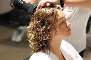 Биохимическая завивка волос или биохимия