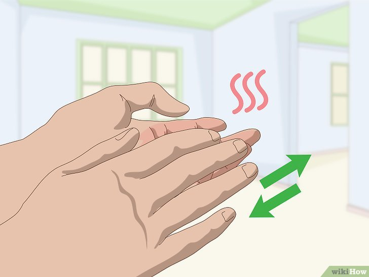 Изображение с названием Curl Your Eyelashes Without an Eyelash Curler Step 14