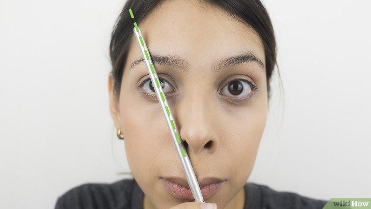 Изображение с названием Shape Your Eyebrows with a Razor Step 10