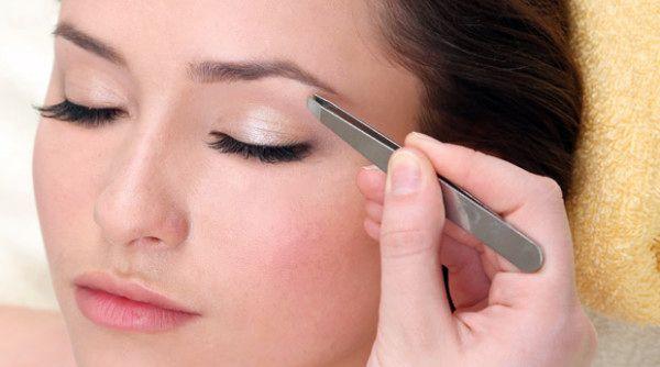 Открываем глаза на правильные брови и смотрим топ-5 форм на знаменитостях