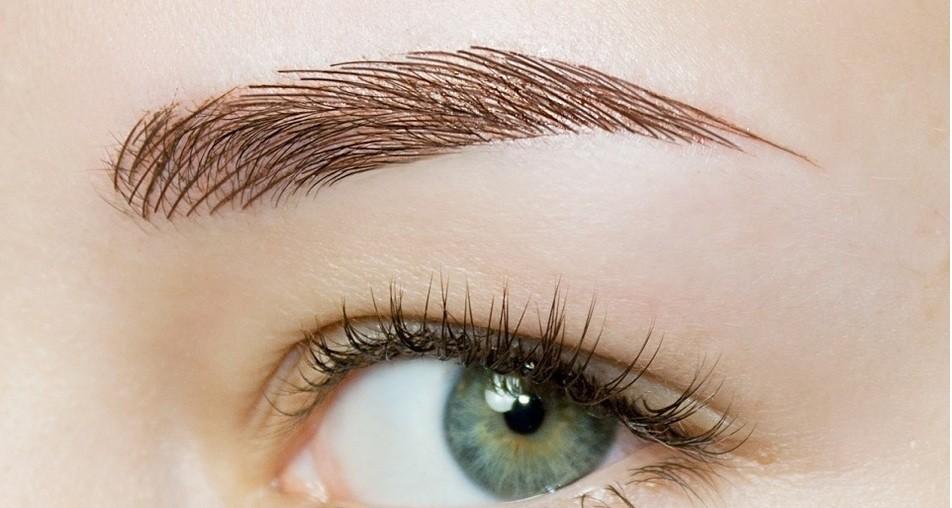 модные брови: коричневая крашеная