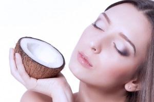 Лечение ресниц и бровей маслом кокоса
