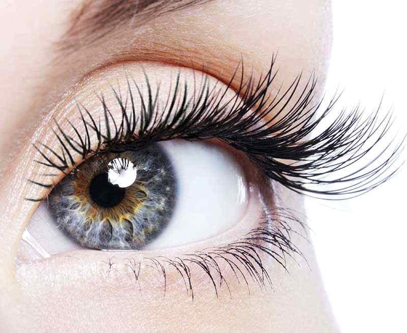 Эффект наращивания ресниц в уголках глаз