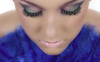Особенности нанесения дневного и вечернего макияжа на глаза с накладными ресницами