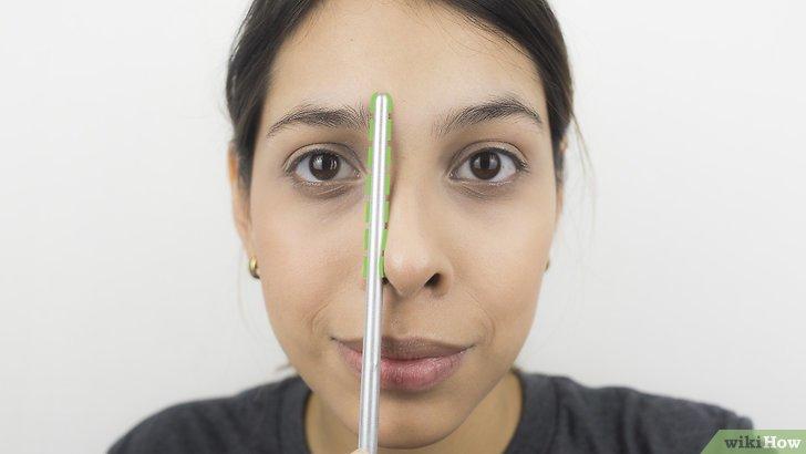Изображение с названием Shape Your Eyebrows with a Razor Step 9