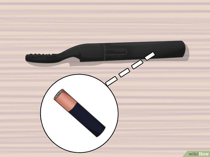 Изображение с названием Heat an Eyelash Curler Step 7