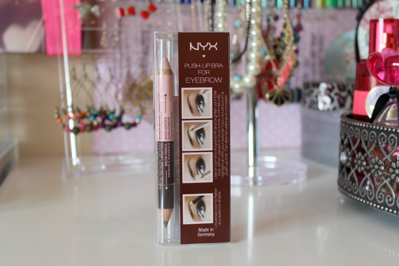 Достаточно интересное решение – хайлайтер и карандаш в одном продукте – NYX Push Up Bra Eyebrow