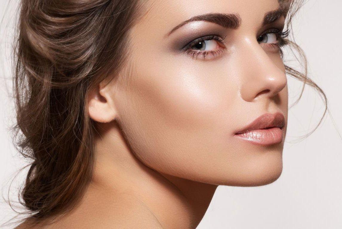 Аккуратно подчеркнутые брови – сексуальная изюминка женской внешности