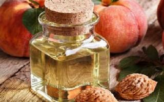 Как с помощью персикового масла укрепить ресницы: полезные советы