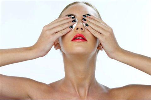 Причины — почему выпадают брови у женщин и как справиться с проблемой