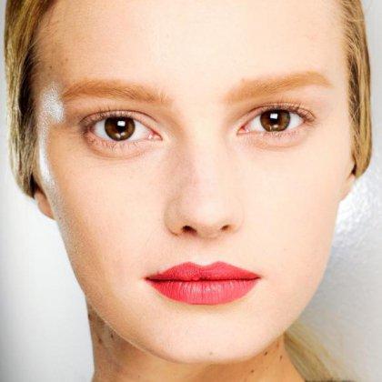Какого цвета должны быть брови у блондинки (36 фото): советы по подбору оттенка и окрашиванию