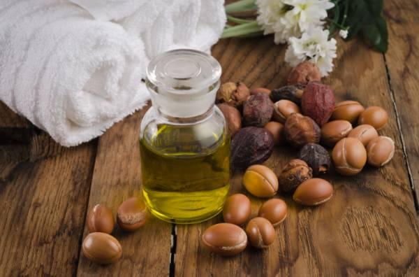 Лучшие рецепты масок для волос с аргановым маслом: правила приготовления и использования
