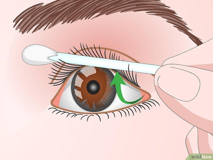 Изображение с названием Curl Your Eyelashes Without an Eyelash Curler Step 9