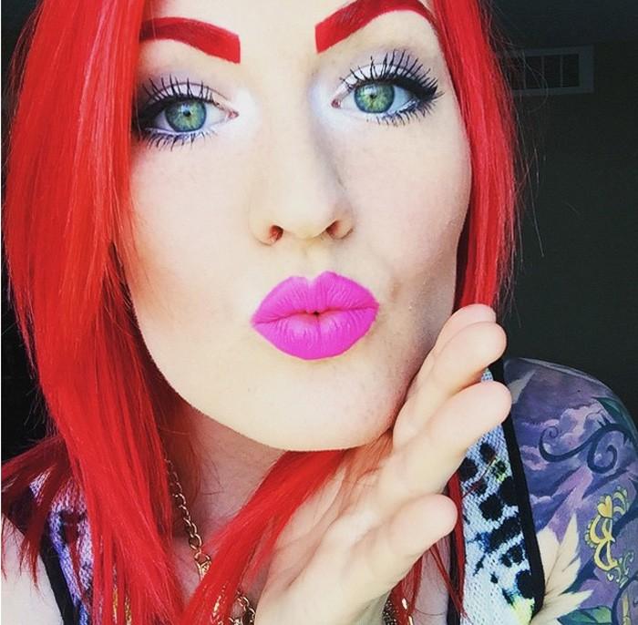 moda-na-brovi-krasnye-tatuazh