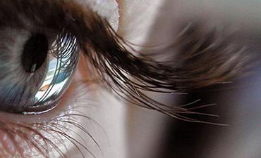 Густые и длинные ресницы – настоящее украшение обрамления глаз!