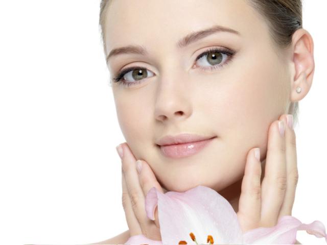 Овсяная маска для лица. Как очистить лицо, сузить поры, сделать пилинг, избавиться от угревой сыпи? Рецепты масок для сухой, жирной и чувствительной кожи