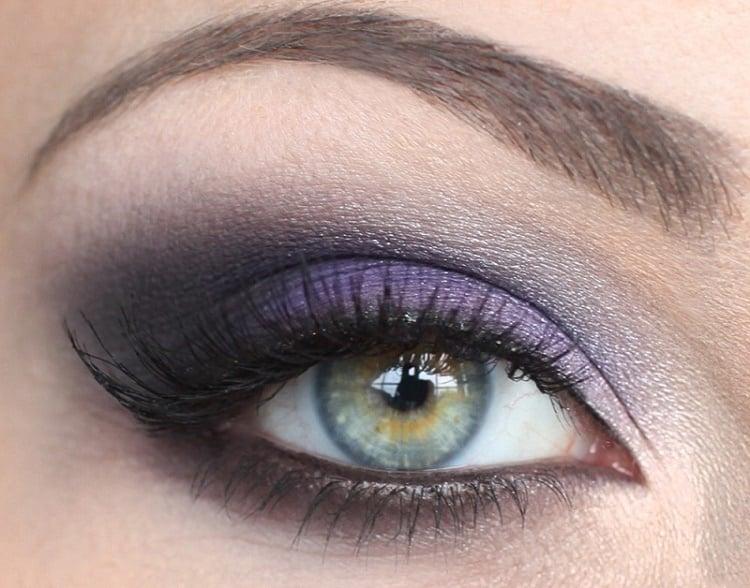 Макияж для серых глаз со стрелками фиолетовыми