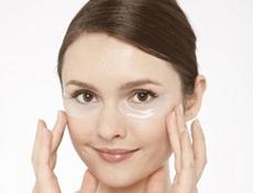 Простота применения масок от мешков под глазами