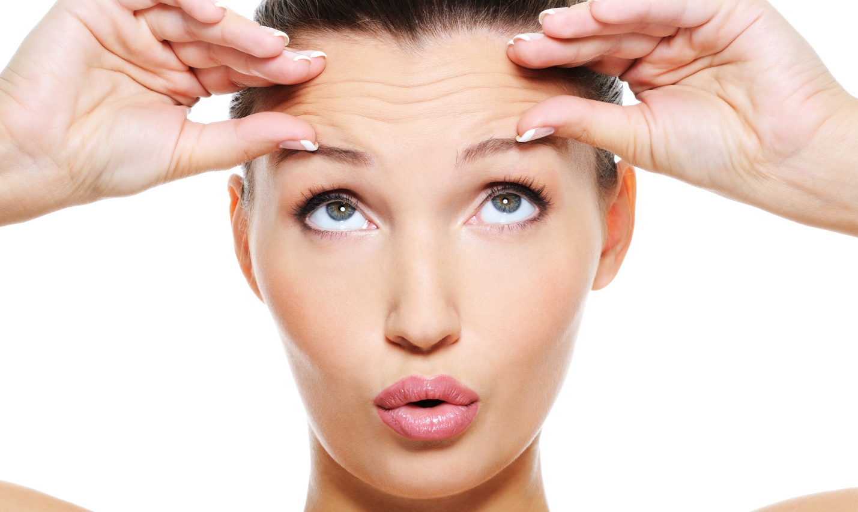Если вы все еще сетуете на асимметрию бровей, их недостаточную густоту или предательский шрам, выдающий вашу бурную молодость, обратите внимание на процедуру реконструкции бровей