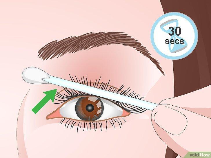 Изображение с названием Curl Your Eyelashes Without an Eyelash Curler Step 10
