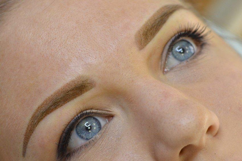 Как выбрать татуаж бровей: особенности процедуры