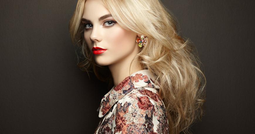 Какой татуаж бровей подойдет блондинке: выбор цвета, формы, техники
